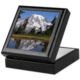 Mount rainier Keepsake Boxes
