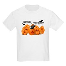 Dachshund Halloween (Black & Tan) T-Shirt