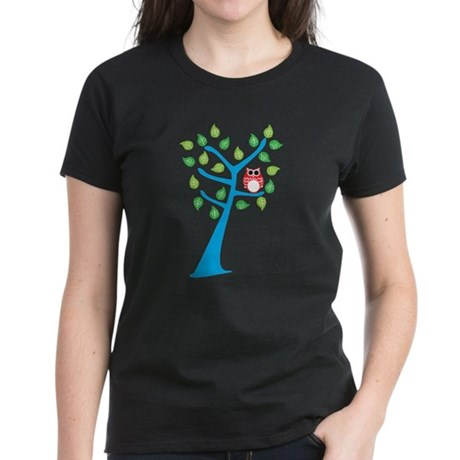 Red Owl in the Tree T-Shirt