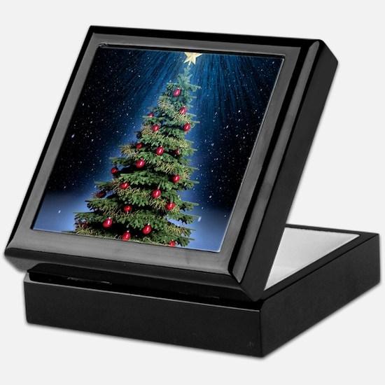 Beautiful Christmas Tree Keepsake Box
