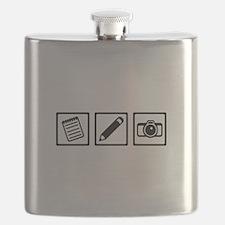 Journalist equipment Flask