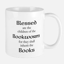 Book worm love Mugs
