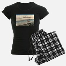 Two travelers with view of M Pajamas