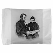 Lincoln - Tod Small Poster.png Pillow Sham