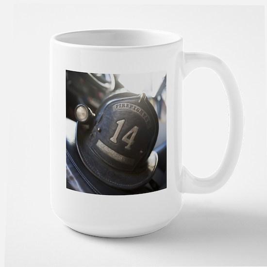 FIREMANS HELMET Large Mug