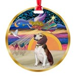 XmasStar/Beagle 2 Round Ornament