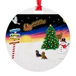 XmasSigns/2 Dachshunds Round Ornament
