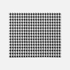 Black & White Houndstooth Background Throw Bla