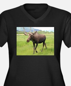 Alaskan moose with antlers 2 Plus Size T-Shirt