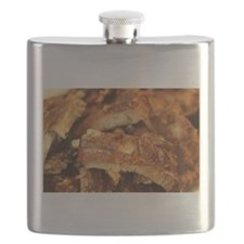 barbequed ribs close Flask