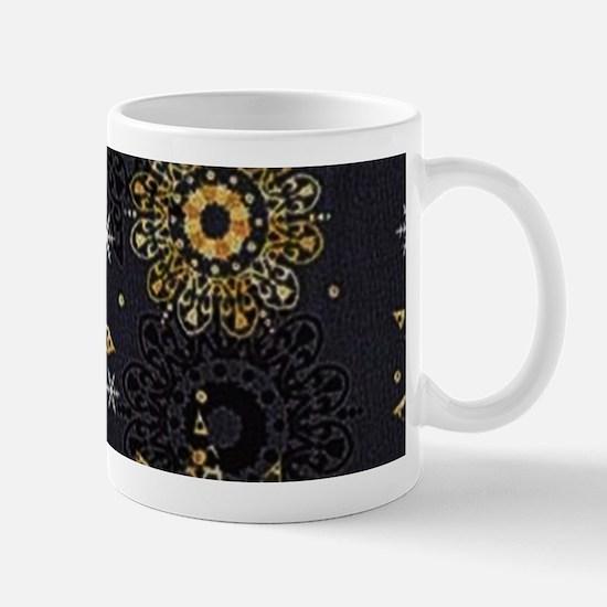 Xmas Snowflakes Gold Mugs