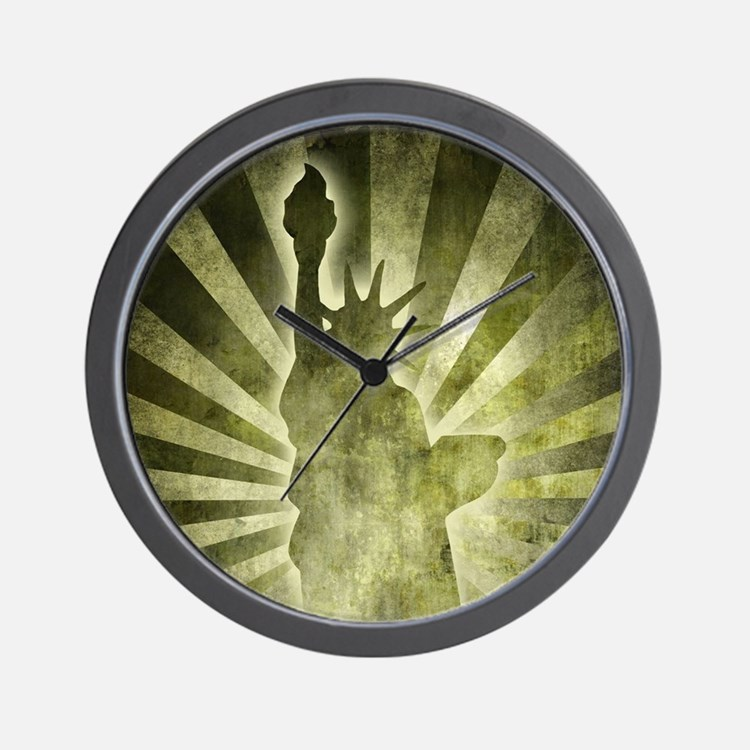 Liberty Statue Wall Clock
