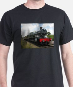 Vintage steam engine by Tom Conway Art. Ra T-Shirt