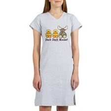 Cute Duck hunter Women's Nightshirt