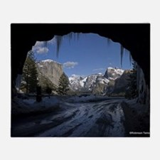 Yosemite's famous Tunnel View from t Throw Blanket