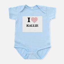 I love Kallie (heart made from words) de Body Suit