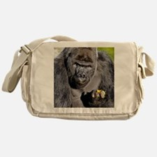 GORILLAS LUNCH Messenger Bag