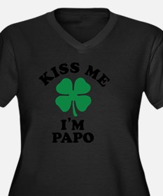 Cute Papos Women's Plus Size V-Neck Dark T-Shirt