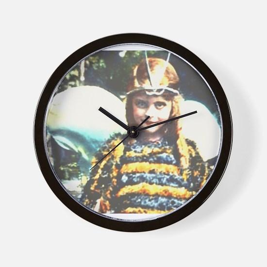 Bee Cute Wall Clock