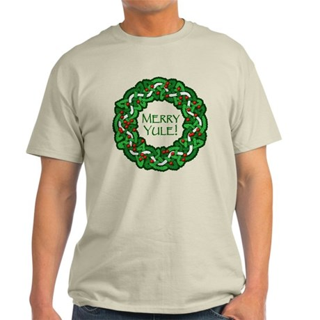 Celtic Yule Wreath Light T-Shirt