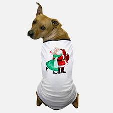 Mrs Claus Kisses Santa On Cheek And Hu Dog T-Shirt