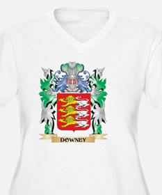 Downey Coat of Arms (Family Cres Plus Size T-Shirt