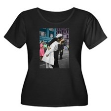 The WWII Kiss T