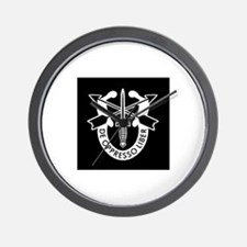 US Army Special Forces SF Green Beret Wall Clock