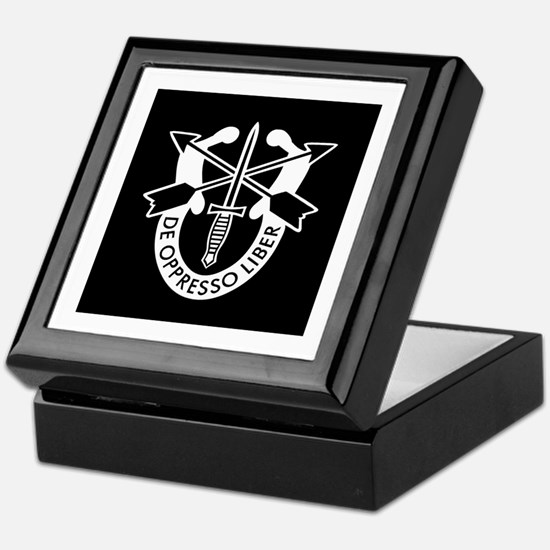 US Army Special Forces SF Green Beret Keepsake Box