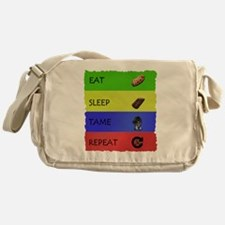 Unique Evolve Messenger Bag