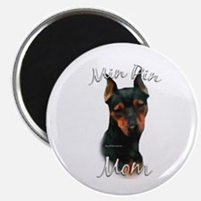 Min Pin Mom2 Magnet
