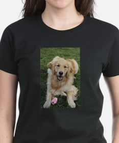 Nala the golden retroever dog T-Shirt