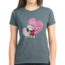 Snoopy - Hugs and Kisses Women's Dark T-Shirt