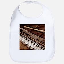 Piano Bib