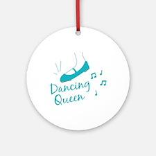 Dancing Queen Round Ornament