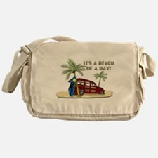 It's a Beach of a Day! Messenger Bag
