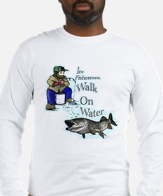 Ice fishing muskie Long Sleeve T-Shirt