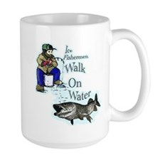 Ice fishing muskie Mug