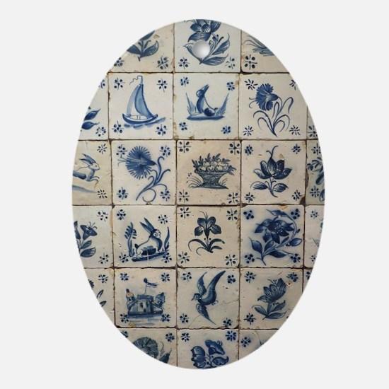 Antique Tile Art Grid Oval Ornament