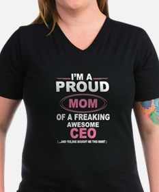 i'm a proud mom of a freaking awesome ceo T-Shirt