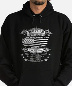 Veterans T-shirt - Our flag doesn't Hoodie (dark)