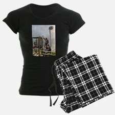 BANKSY SPY BOOTH , CHELTENHA Pajamas