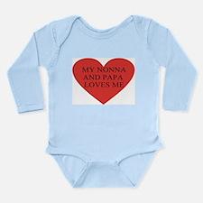 Funny Papa loves me Long Sleeve Infant Bodysuit