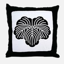 Ivy leaf Throw Pillow