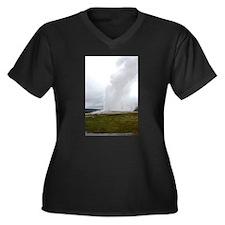 Old Faithful Yellowstone Nationa Plus Size T-Shirt