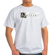 Speak! wide design T-Shirt