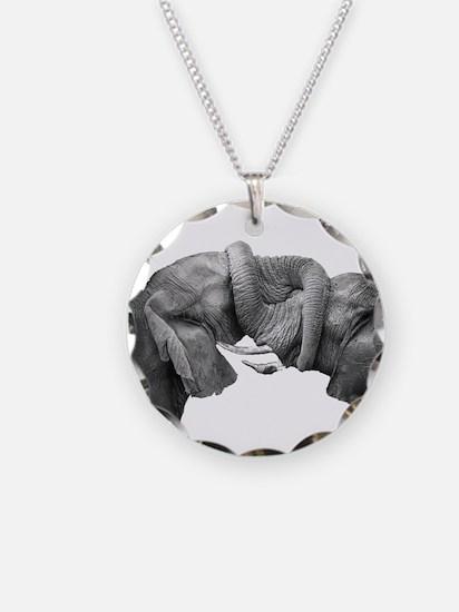 BOND Necklace