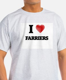 I love Farriers (Heart made from words) T-Shirt