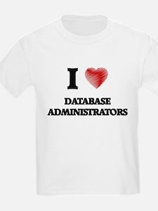I love Database Administrators (Heart made T-Shirt