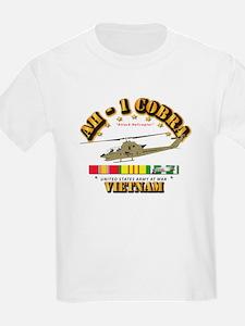 AH-1 - Cobra w VN Svc Ribbons T-Shirt
